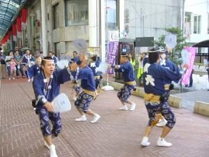 ③阿波踊り